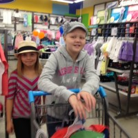 Ashtyn and Morgan Shopping